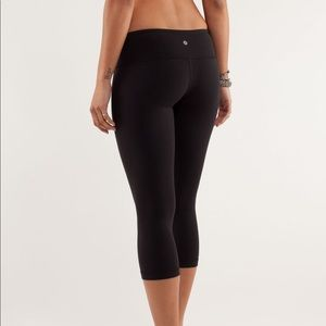 Lululemon Athletica Wunder Under Crop Legging